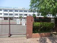 千早小学校 約550m